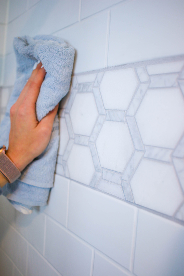 Alexandra Beuter takes on a complete master bathroom update, transforming the space into a modern retreat that both Alexandra and her guests can enjoy.